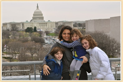 washington dc family photo in front of capitol