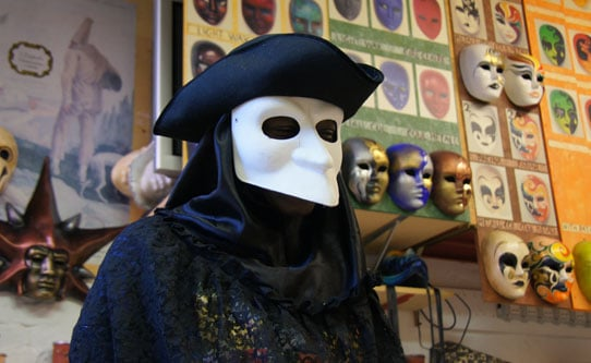 Mask Making Class in Venice Italy