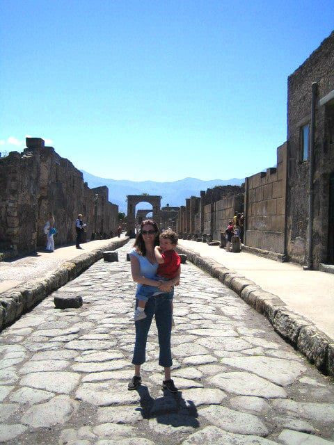 pompeii-with-toddler