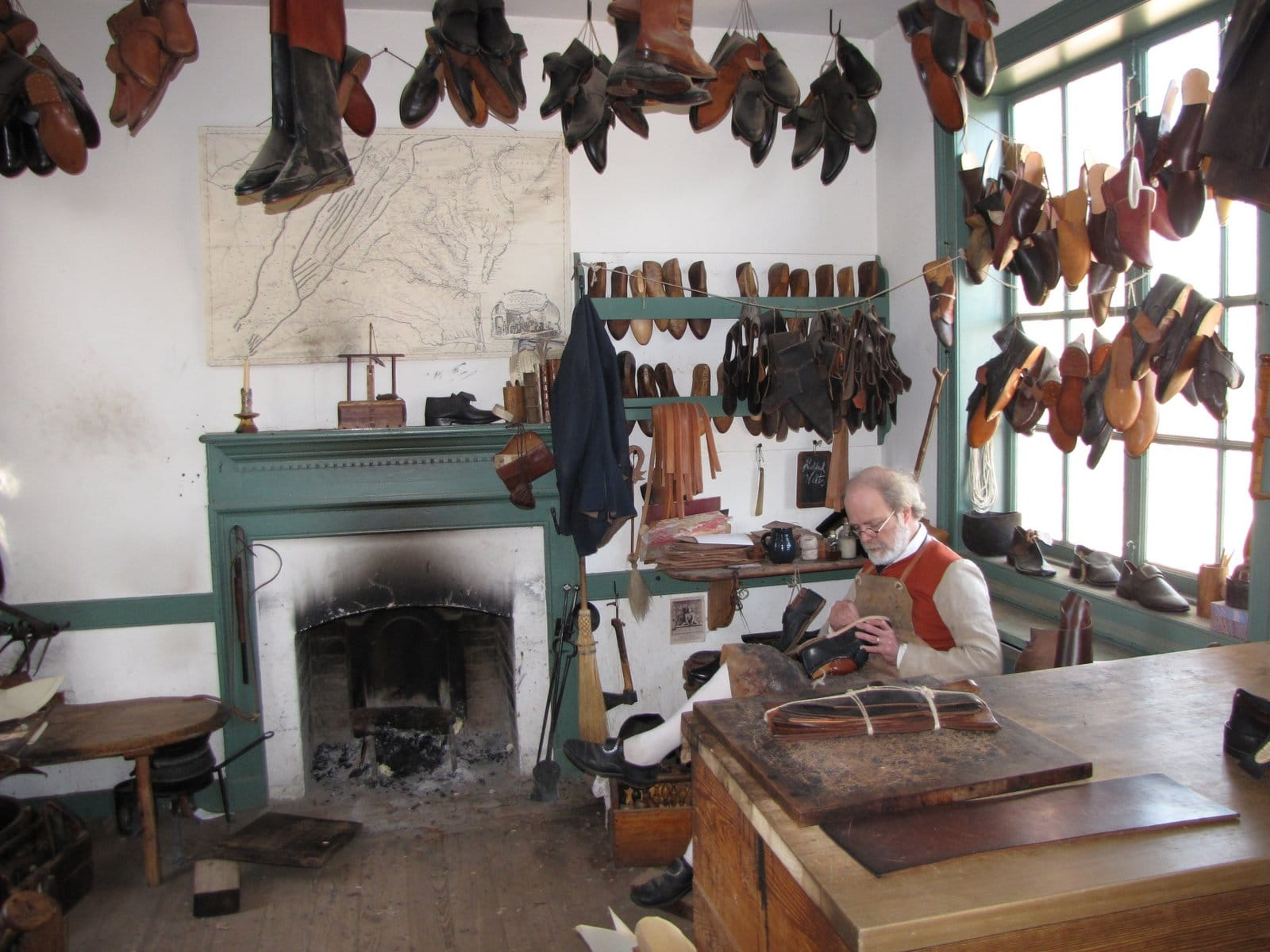 Colonial Willamsburg Shoemaker