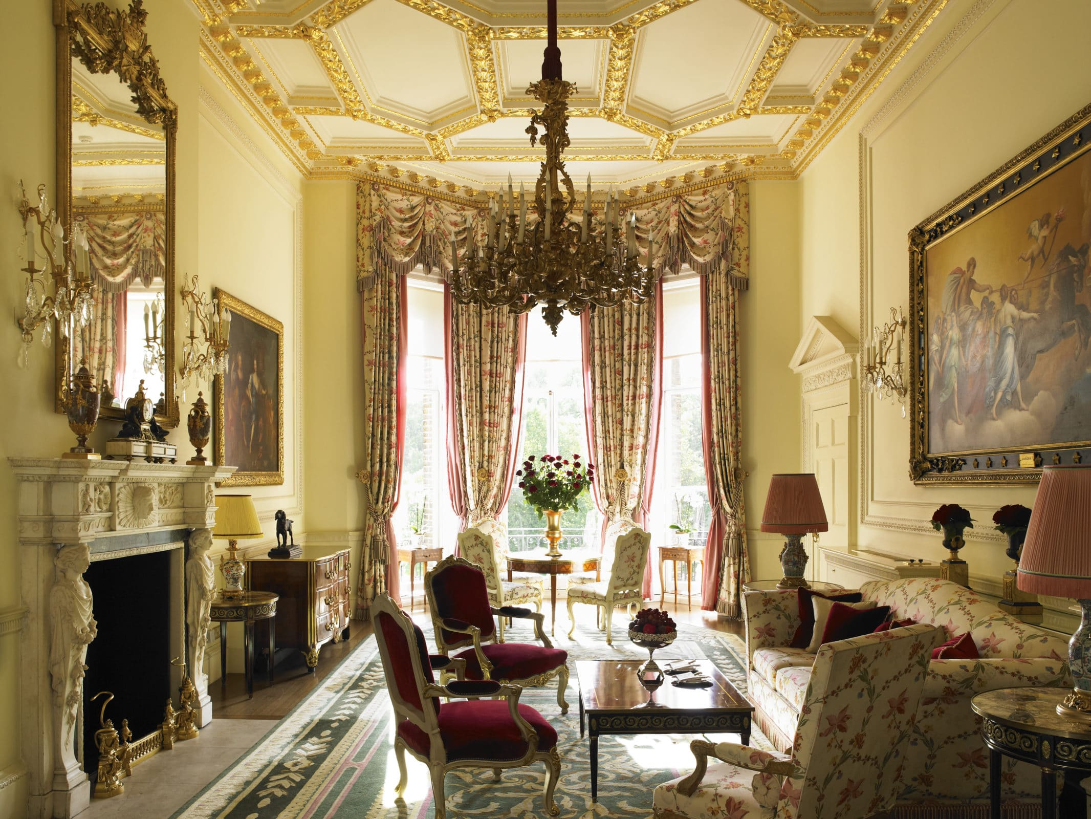 The Ritz is the perfect luxury base from which to explore London
