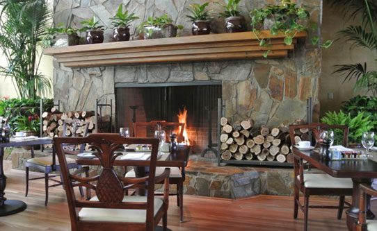 Casual dining by a open fire at the Terrace